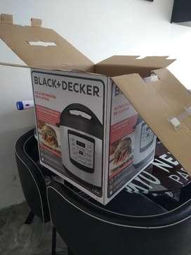 Olla a presión marca Black And Decker