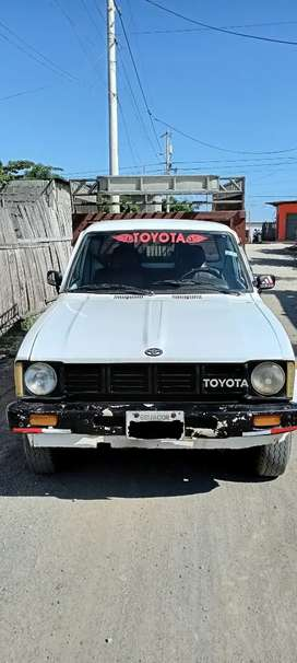 De oportunidad se vende Toyota stout 2200 color blanco