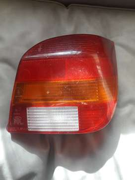 vendo optica original ford fiesta