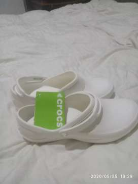 Vendo zapatos crocs enfermera originales