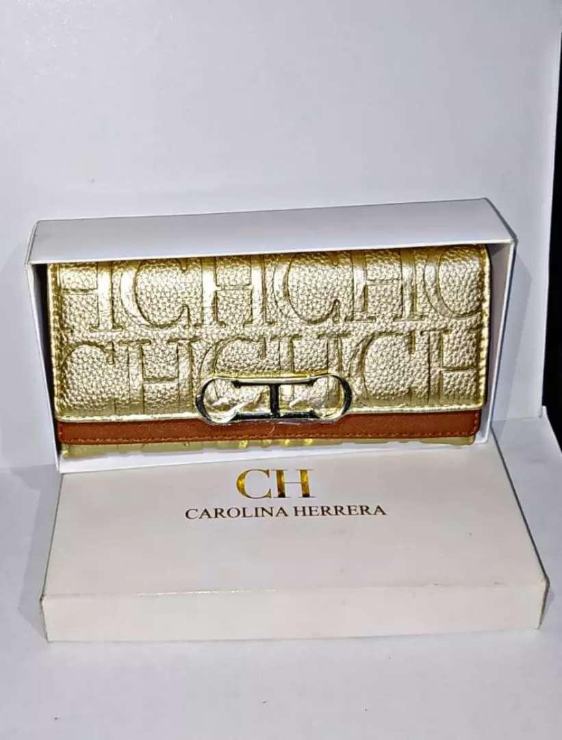 Cartera-billetera Carolina Herrera