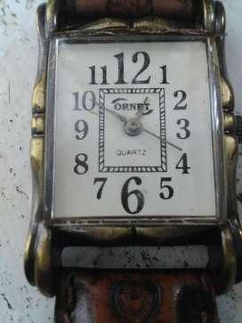 Antiguo reloj pulsera dama cuadrado a cuerda Ornet Años 50