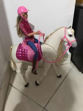 Barbie y caballo