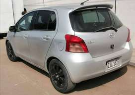 Toyota vitz Hatchback 5-Puertas