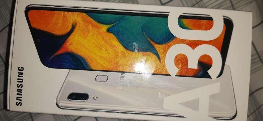 Samsung A30 con seguro contra accidentes por 1 ao 0
