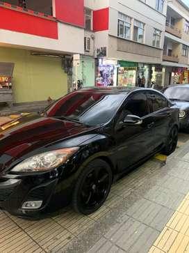Vendo carro mazda 3 modelo 2011 con pantalla, luz led, llantas full seguros hasta 8 meses