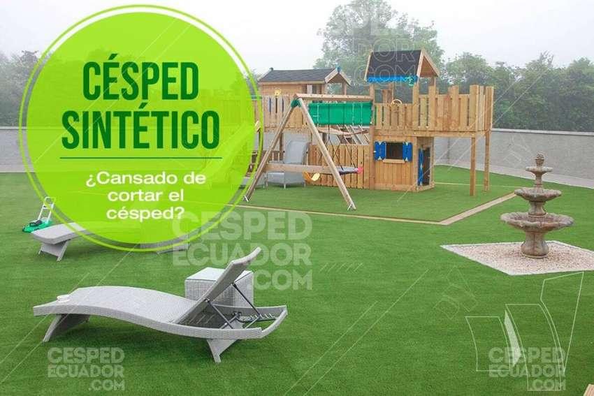 Césped Artificial Sintético para tu jardin Instalación con protección climática en Guayaquil