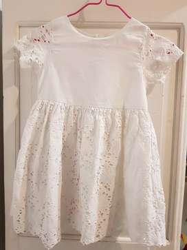 Impecable vestido blanco Mango talle 5-6 años