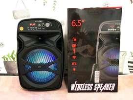 cabina activa recargable incluye microfono y control 6,5 pulgadas