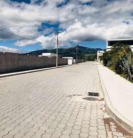 Terreno de Venta en el Valle de los Chillos - Urbanización Balcón del Río