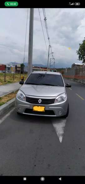 Renault Sandero 2012