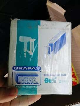 Liquido lote viejo de Grapas x caja