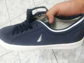 Zapatos nuevos nauticas talla 42_43
