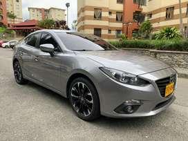 Mazda 3 touring en perfecto estado