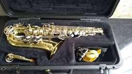 Saxofón Alto Selmer Bundy made in USA