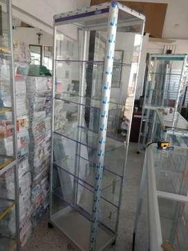 Vitrina torre en aluminio y vidrio de 60 x190 nuevas