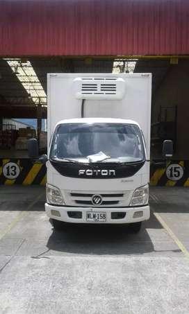 Se vende camión furgón  termo  en muy buen estado cap 4 500 kl