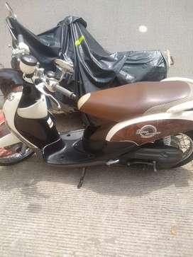 Vendo moto Yamaha fino
