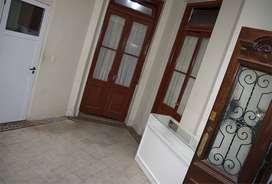 departamento tipo casa  dueño vende con 4 ambientes más 3  entrepisos