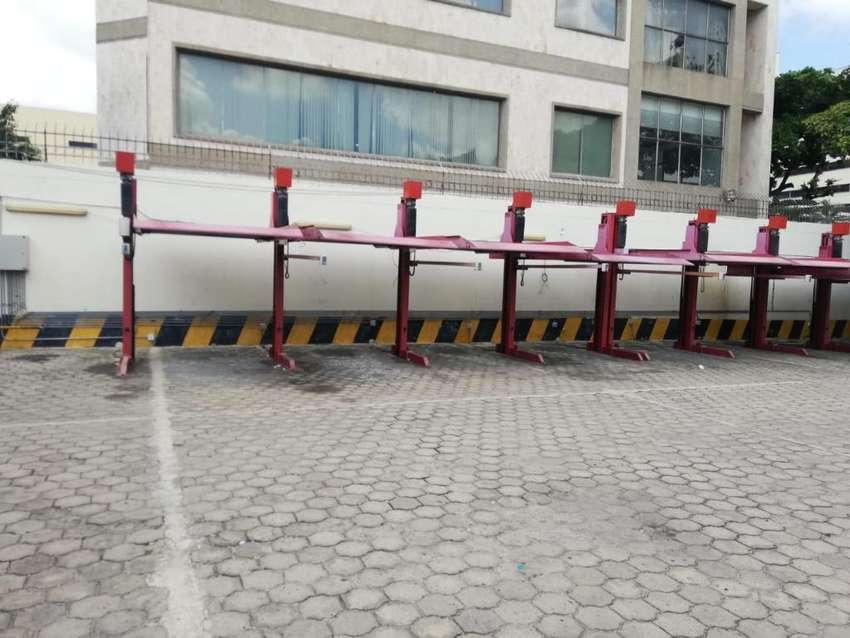 Elevadores de Carro (parqueadero) 0