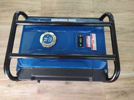 Planta eléctrica Hyundai 4000 watts (20hrs uso)