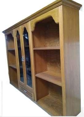 Mueble colgante con estantes y Cristalero