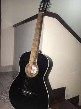 Guitarra R, Cruz acústica
