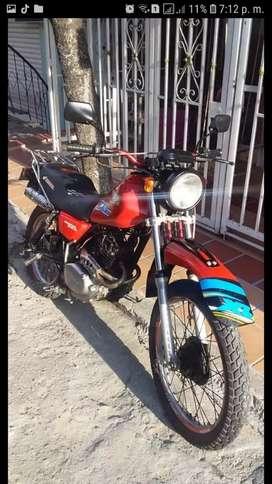 Vendo moto XL 250