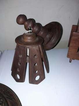 Artículos Artesanales de Madera e hierro. Leer descripción del aviso