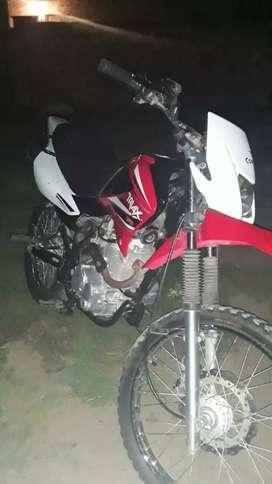 Vendo MOTO CORVEN 150cc