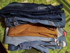 Vendo fardos de jeans