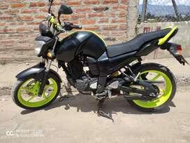 Vendo moto yamaha 155