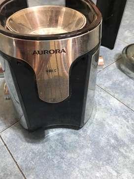 Extractor de jugo poco uso
