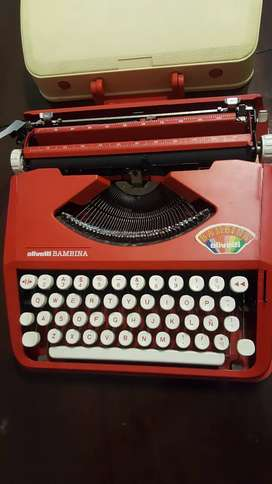 Maquina escribir Olivetti Bambina