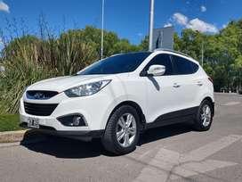 Una duea vende Hyundai tucson 4x4 2995573731 solo whatsApp
