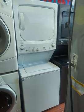 Torre lavadora  secadora  marca  mabe poco  uso bcon garantía