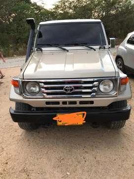Vendo Toyota Land Cruiser 4.5 1994