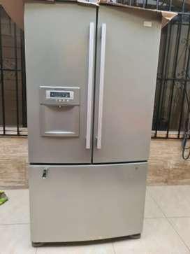 Remato mi refrigeradora de dos puertas!