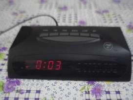 Radio Reloj Despertador Fh 97 Funcionando Leer