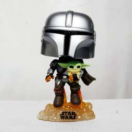 Funko Pop Star Wars Mandalorian Con Baby yoda