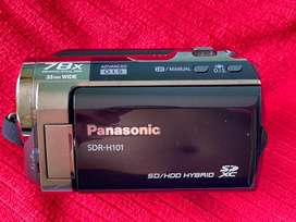 Panasonic SDR-H101, SD/HDD HYBRID, 64 gb interno y Sd de 64 no inlcuye