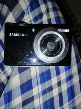 Cámara Samsung dual view pl100