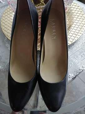 Zapatos negros talla 37. 5