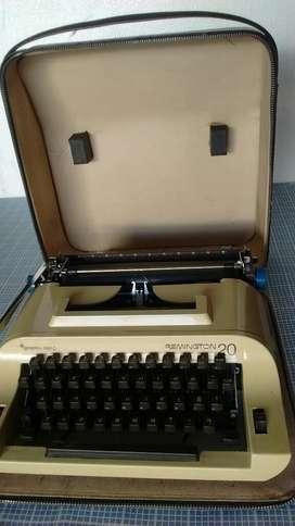 Maquina de Escribir Remington 20 Yvalija