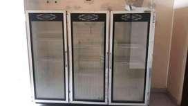 Vitrina panorámica 3 puertas en vidrio