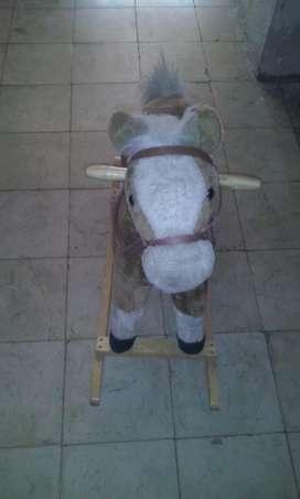 caballo mecedor