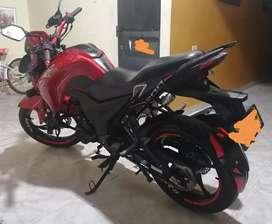 Moto Cr5 200 en muy buen estado
