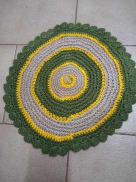 carpeta tejida  lana Posafuente  diámetro 30