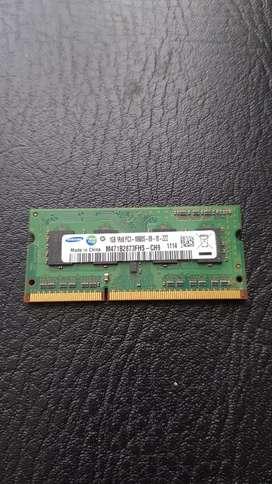 MEMORIA RAM SAMSUNG DDR3 1 GIGA PERFECTO FUNCIONAMIENTO