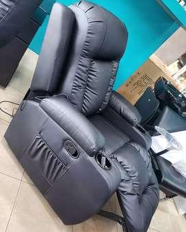 Sofá reclinable con masajes vibratorios